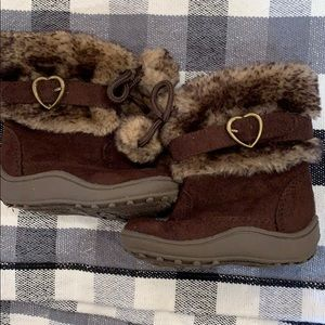 NWOT size 4 - brown boots